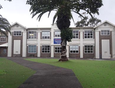 Héloïse De Ré, Sydney, Lycée Condorcet